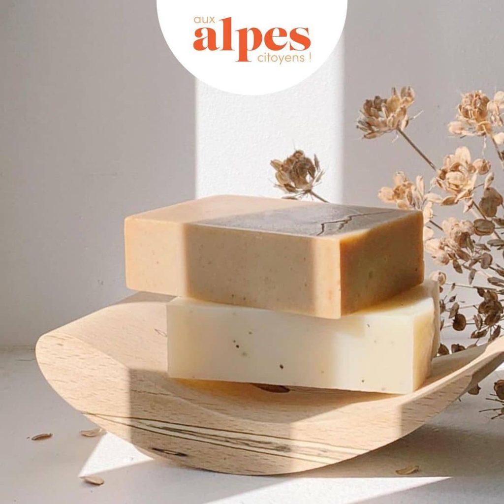Le vrai sens savonnerie présenté par Aux Alpes Citoyens